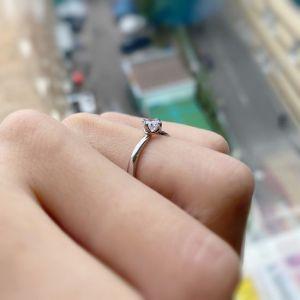 Кольцо дизайнерское с круглым белым бриллиантом - Фото 4