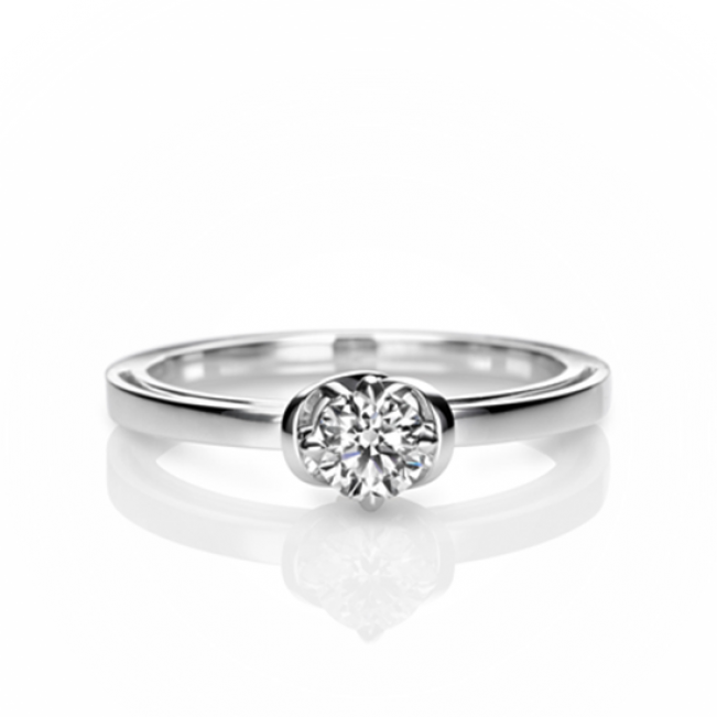 Кольцо с бриллиантом солитер