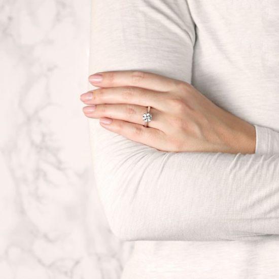Кольцо помолвочное с круглым бриллиантом,  Больше Изображение 7