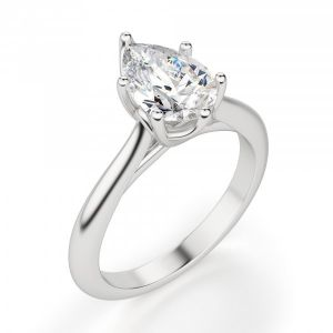 Кольцо солитер с бриллиантом огранки «груша»