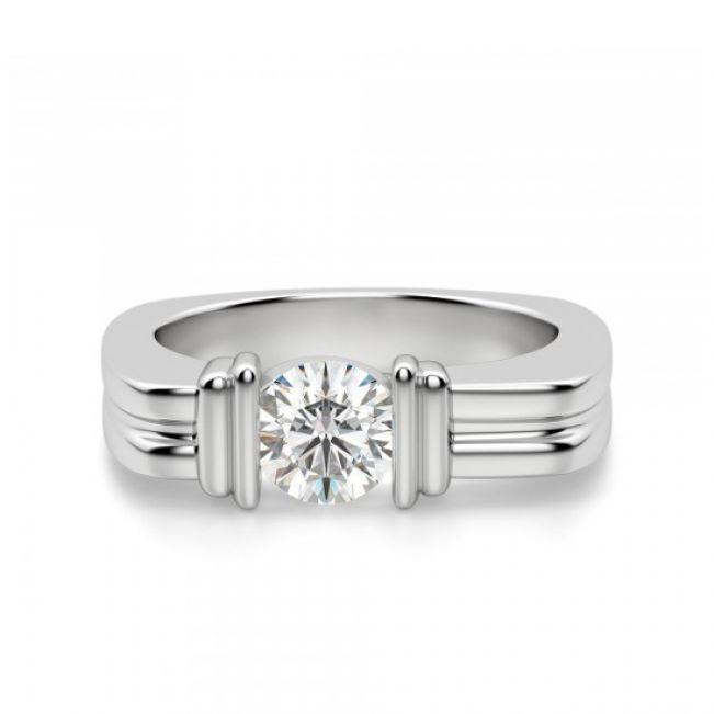 Современное кольцо с бриллиантом