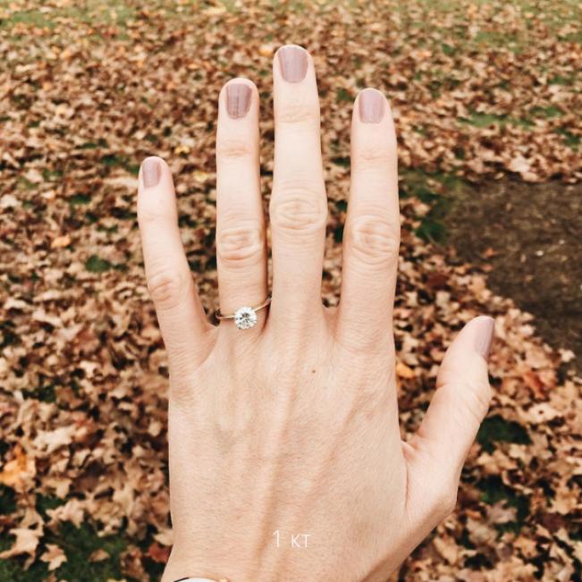 Кольцо с бриллиантом 1 карат из жёлтого золота - Фото 3