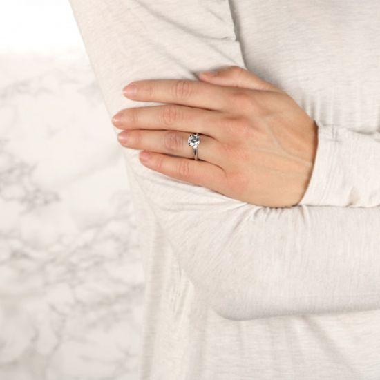 Классическое кольцо с круглым бриллиантом,  Больше Изображение 4