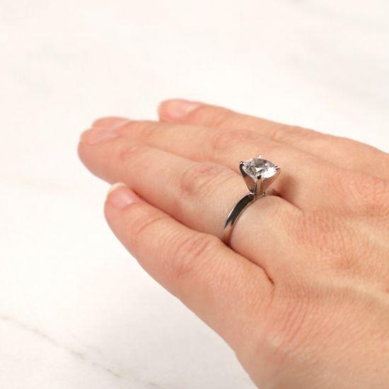 Классическое кольцо с круглым бриллиантом,  Больше Изображение 5