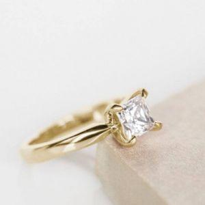 Кольцо с бриллиантом Принцесса классика 1 карат - Фото 4