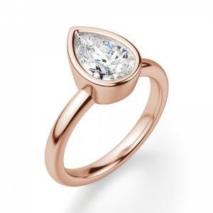 Кольцо солитер с бриллиантом Груша в золоте