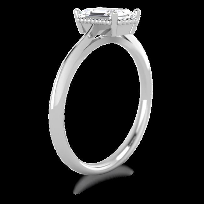 Кольцо солитер с бриллиантом огранки «изумрудная»