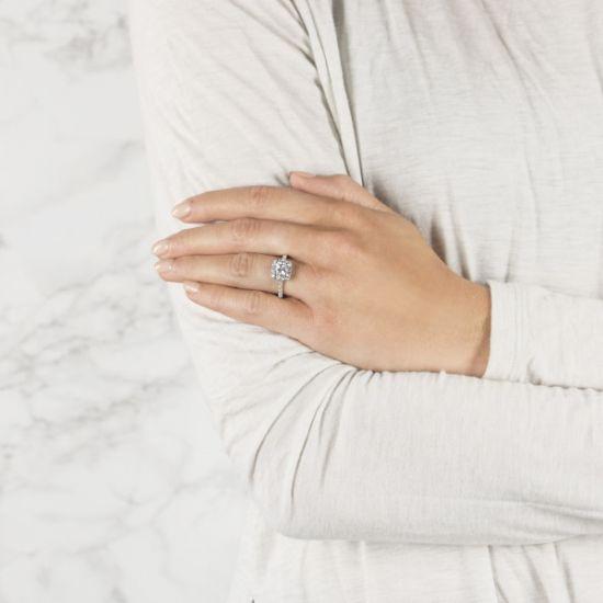 Кольцо с бриллиантом Принцесса в ореоле,  Больше Изображение 6