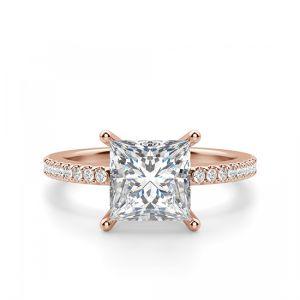 Кольцо из розового золота с квадратным бриллиантом