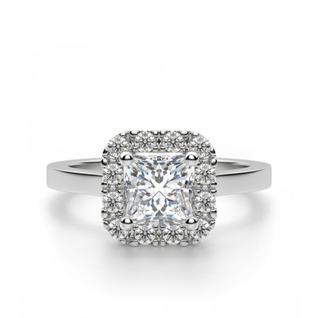 Кольцо с бриллиантом огранки «принцесса» в ореоле
