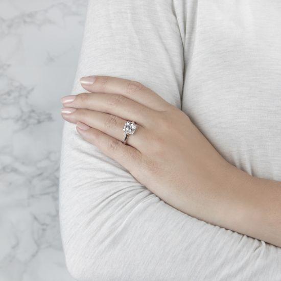 Кольцо с бриллиантом огранки принцесса в ореоле,  Больше Изображение 7