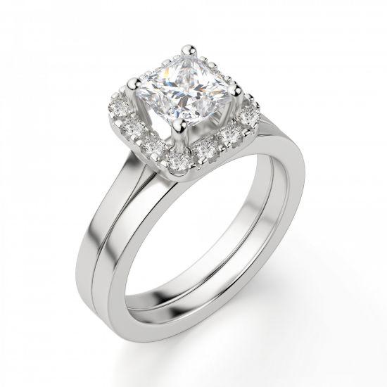 Кольцо с бриллиантом огранки «принцесса» в ореоле,  Больше Изображение 5