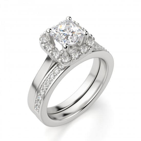 Кольцо с бриллиантом огранки «принцесса» в ореоле,  Больше Изображение 4