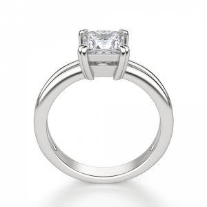 Кольцо с бриллиантом огранки Принцесса