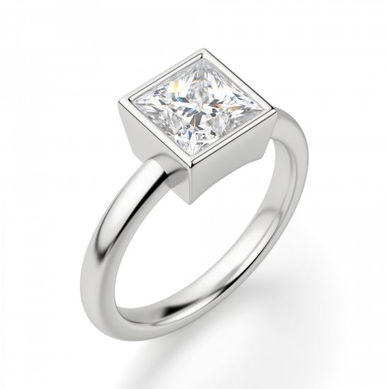 Кольцо с бриллиантом огранки «принцесса» в грухой закрепке,  Больше Изображение 3