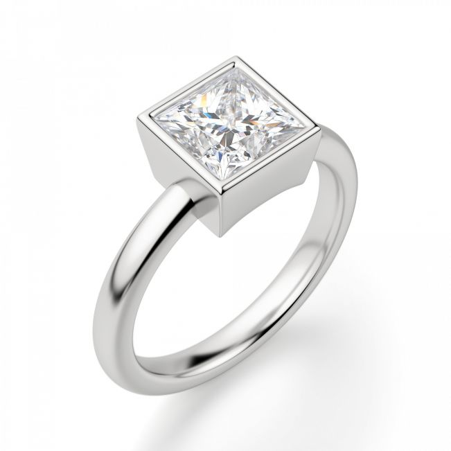 Кольцо с бриллиантом огранки «принцесса» в грухой закрепке - Фото 2