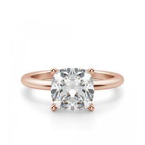 Кольцо тонкое с бриллиантом формы Кушон