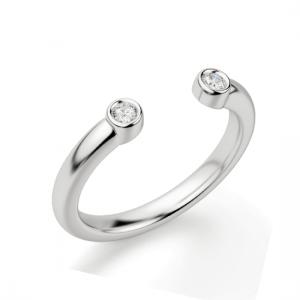 Обручальное кольцо с двумя бриллиантами