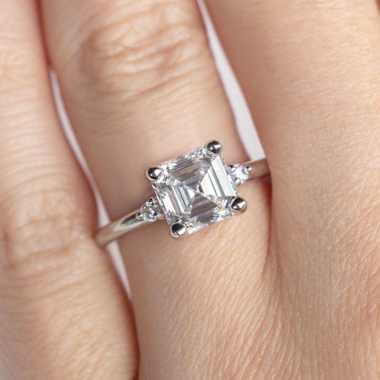 Кольцо с бриллиантом «ашер»,  Больше Изображение 5