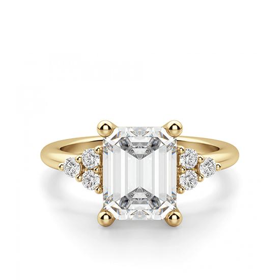 Кольцо из золота с бриллиантом эмеральд в центре, Больше Изображение 1