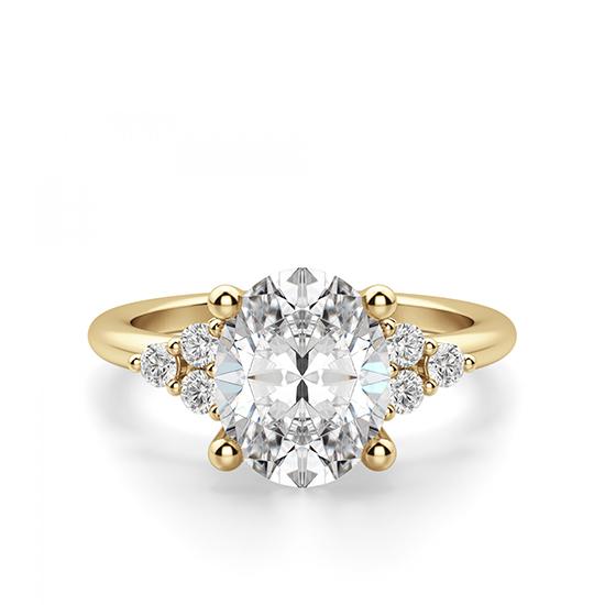 Кольцо из золота с овальным бриллиантом и 6 боковыми, Больше Изображение 1