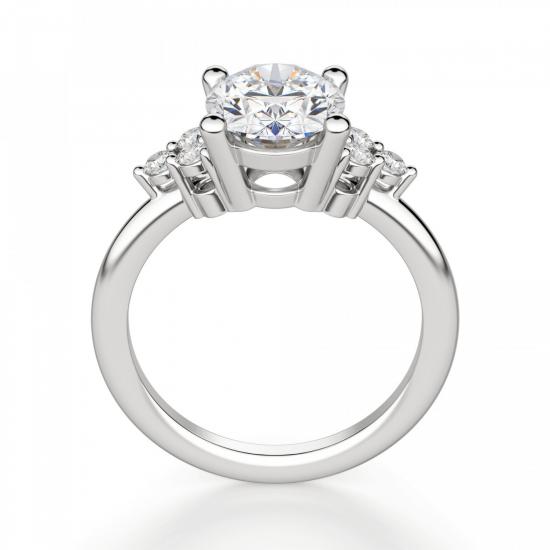 Кольцо с овальным бриллиантом и боковыми,  Больше Изображение 3