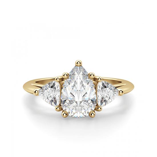 Кольцо с бриллиантом Груша и триллионами, Больше Изображение 1