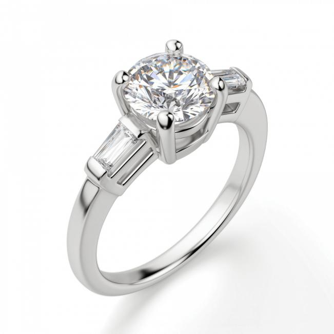 Кольцо с круглым бриллиантом с багетами