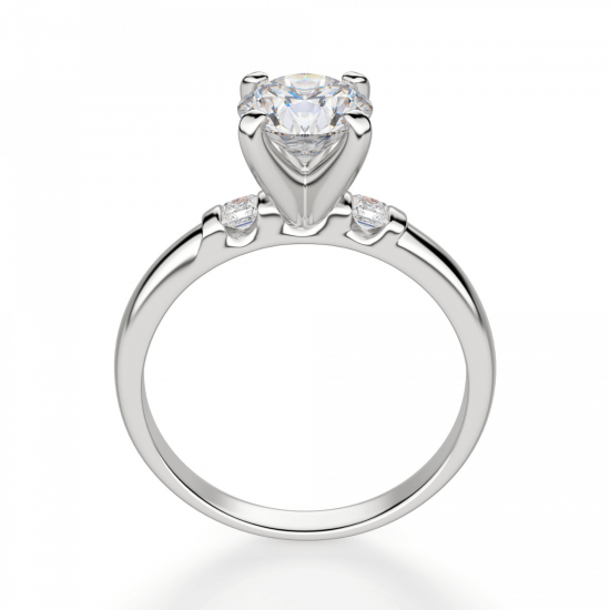 Кольцо из золота с круглым бриллиантом и 2 боковыми,  Больше Изображение 2