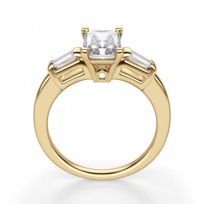 Кольцо с бриллиантом Радианти и багетами - Фото 1