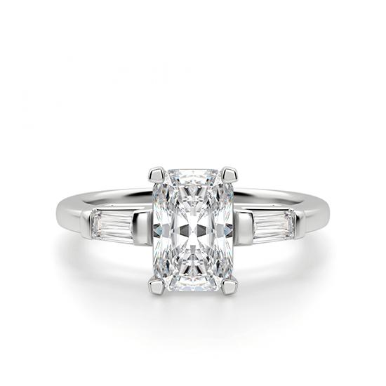 Кольцо с бриллиантом Радиант и багетами, Больше Изображение 1