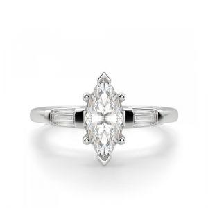 Кольцо с бриллиантом Маркиз с 2 багетами
