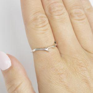Кольцо из белого золота 750 пробы Веточка