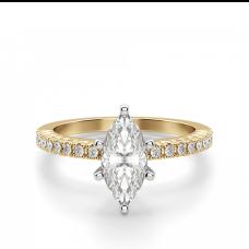 Кольцо с бриллиантом маркиз и паве