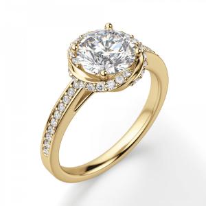 Кольцо с бриллиантами из золота