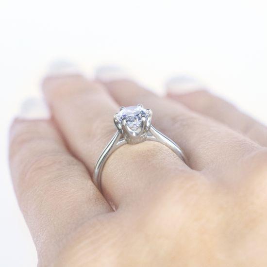 Кольцо с овальным бриллиантом в 6 крапанах,  Больше Изображение 3