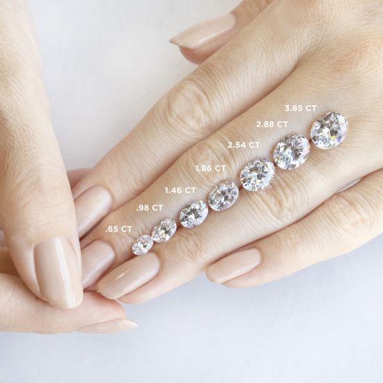 Кольцо с 1 овальным бриллиантом со скрытым паве,  Больше Изображение 5