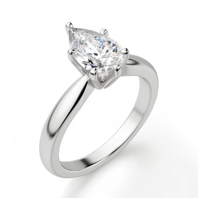 Кольцо с бриллиантом капля