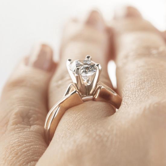 Кольцо с овальным бриллиантом,  Больше Изображение 8