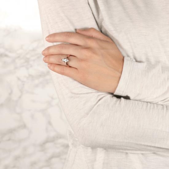 Кольцо с бриллиантом маркиз в 6 лапках из золота,  Больше Изображение 8