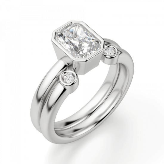 Кольцо из белого золота с бриллиантом радиант,  Больше Изображение 4