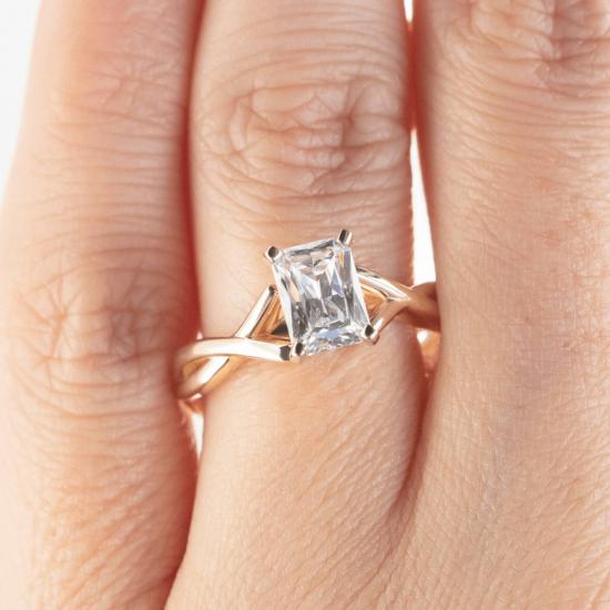 Кольцо золотое с бриллиантом радиант,  Больше Изображение 6