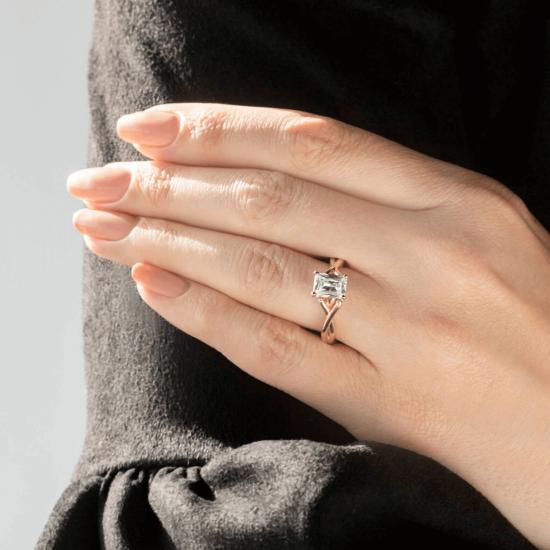 Кольцо золотое с бриллиантом радиант,  Больше Изображение 7