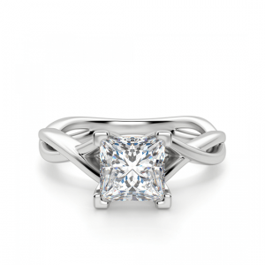 Кольцо из белого золота с бриллиантом принцесса