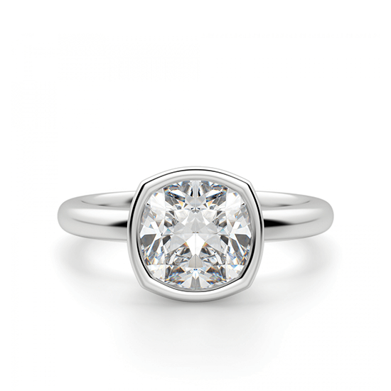 Кольцо с бриллиантом кушон из белого золота в глухой закрепке, Больше Изображение 1