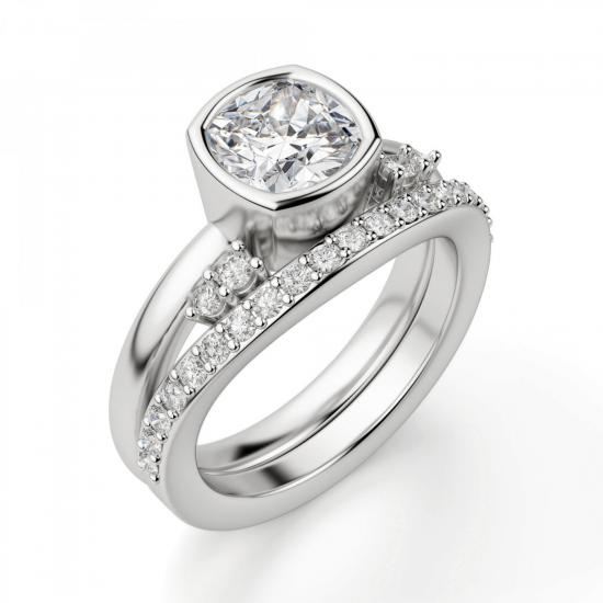 Кольцо с бриллиантом кушон из белого золота в глухой закрепке,  Больше Изображение 4