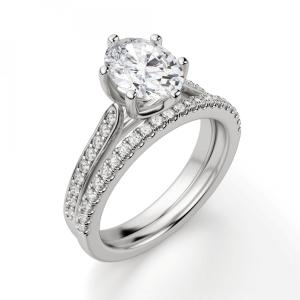 Кольцо с овальным бриллиантом 6 лапок паве