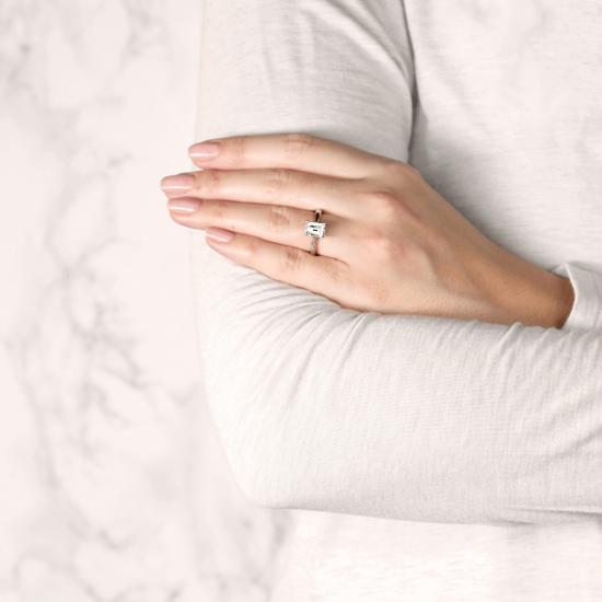 Кольцо классическое с бриллиантом эмеральд,  Больше Изображение 8