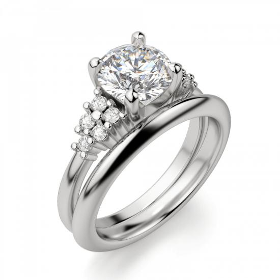 Кольцо с центральным бриллиантом и 5 бриллиантами по бокам,  Больше Изображение 4