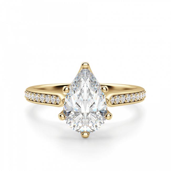 Кольцо с бриллиантами Груша и боковой дорожкой